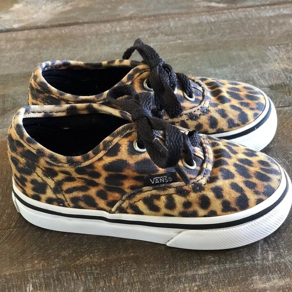 f8b0dceb36df Leopard Toddler Vans. M 5acaded636b9de0d680ff942